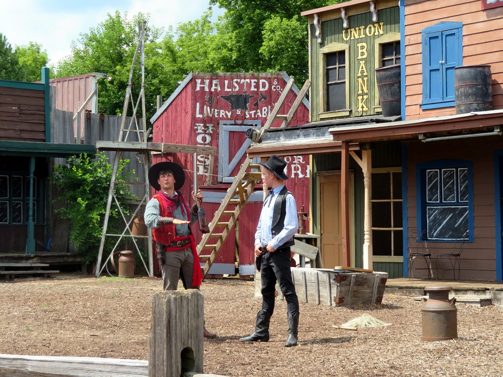 Two actors in Donley's Wild West Town Show.