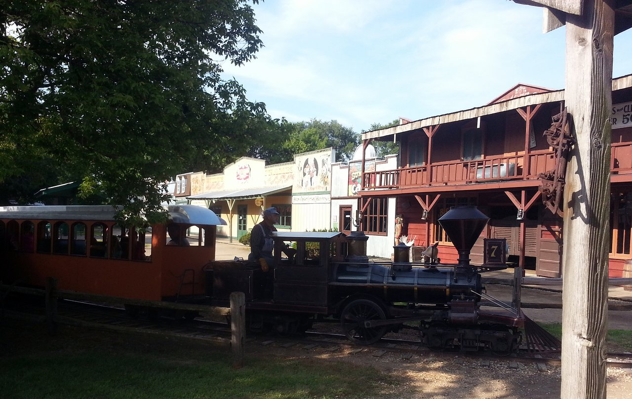 A train riding through Donley's Wild West Town.