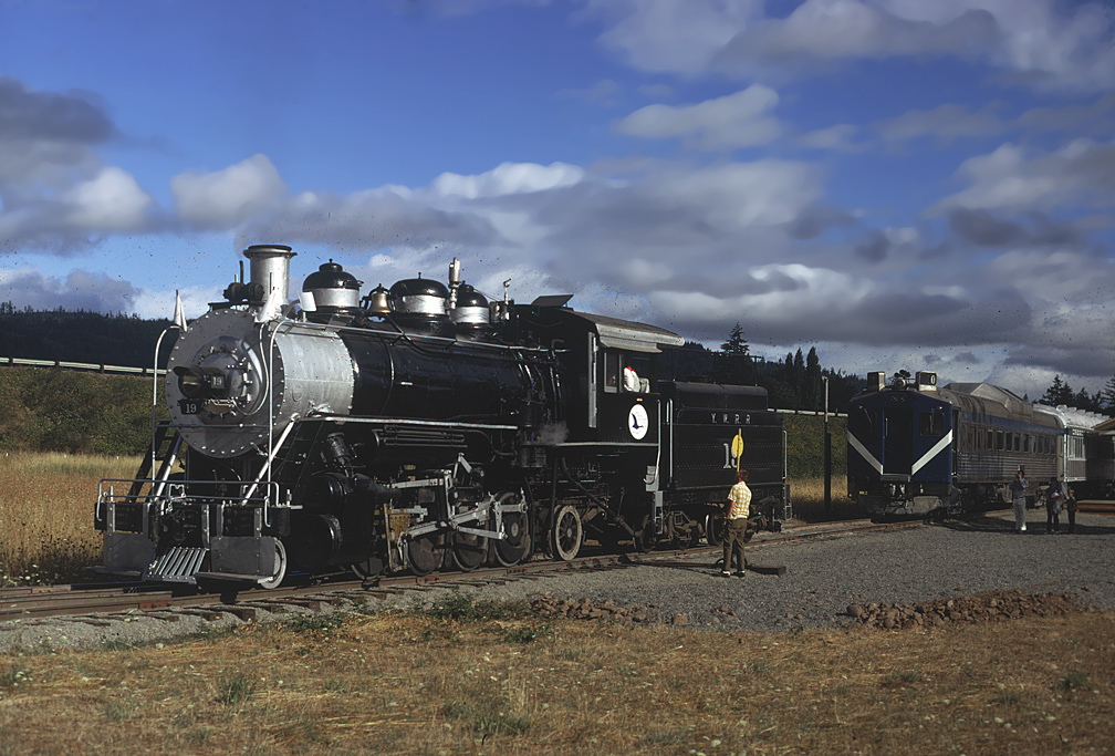 Age of Steam's #19 on the Oregon Pacific and Eastern railroad.